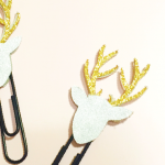 HTGAWC: Make Your Own DIY Glitter Reindeer Planner Clips