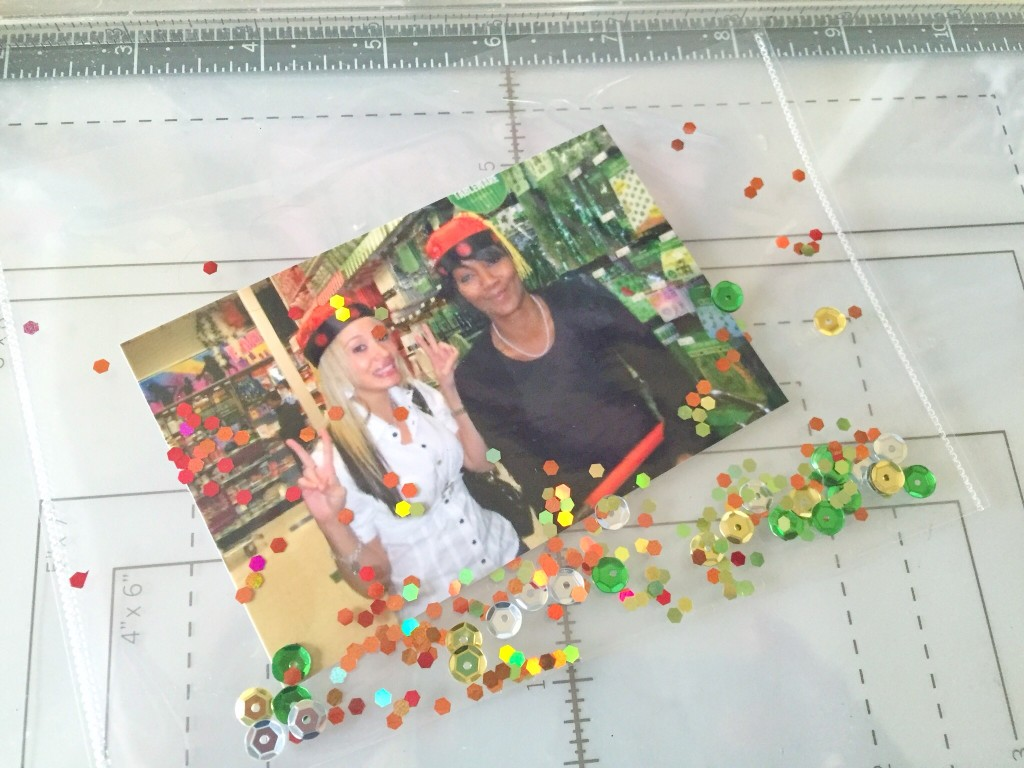 Clear Shaker Card With Sequins & Glitter