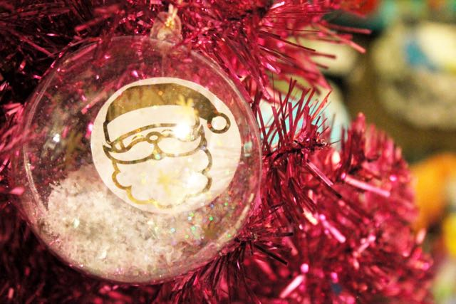 htgawcrafting Gold Foil Ornaments on Pink Tree