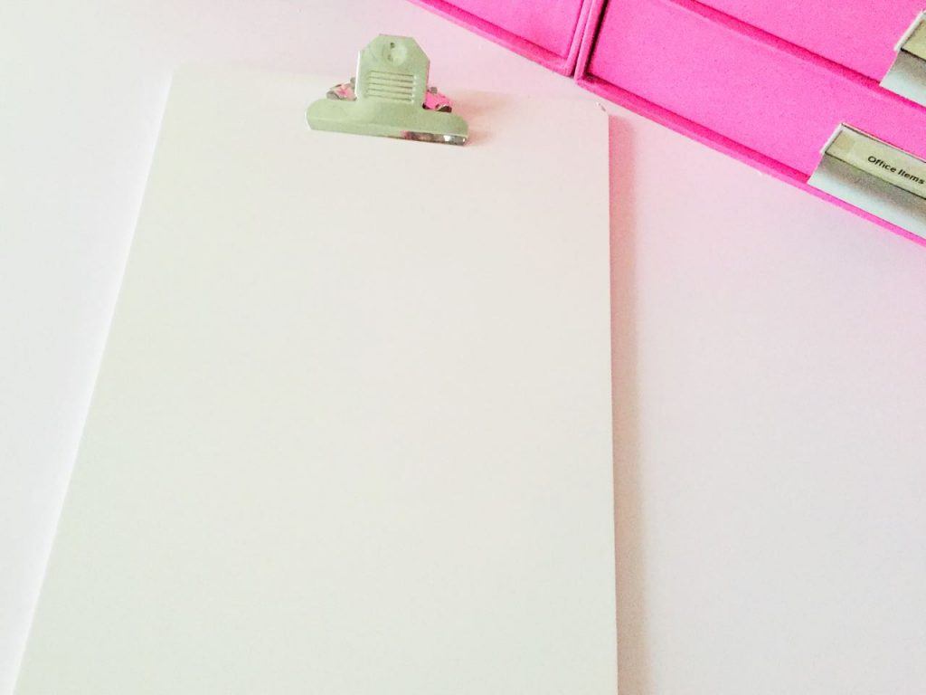 Up-Glamming Office Supplies For National Pink Day (10)