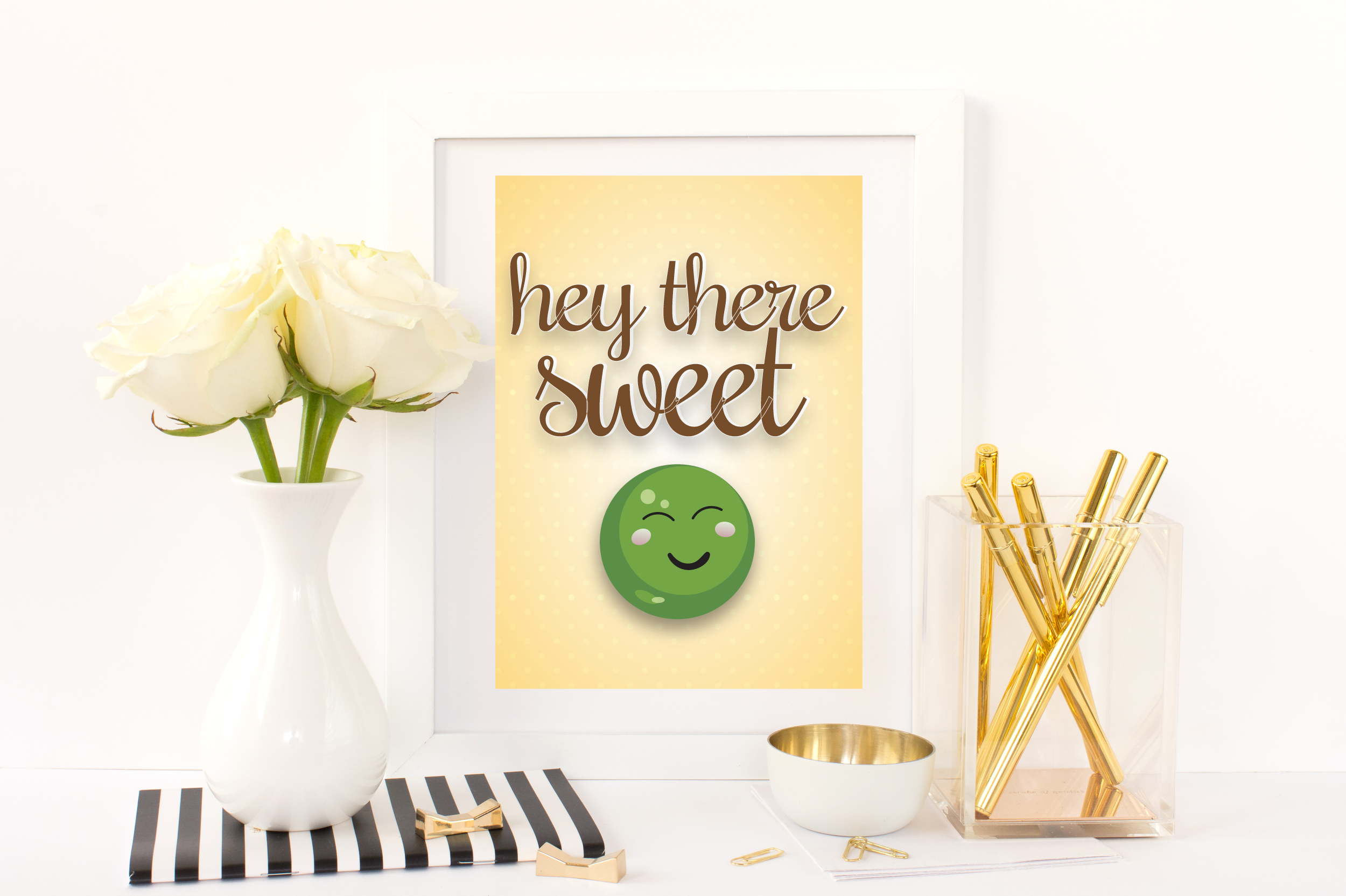 Free Printable Hey There Sweet Pea from @pinkimonogirl for a gallery wall in a nursery